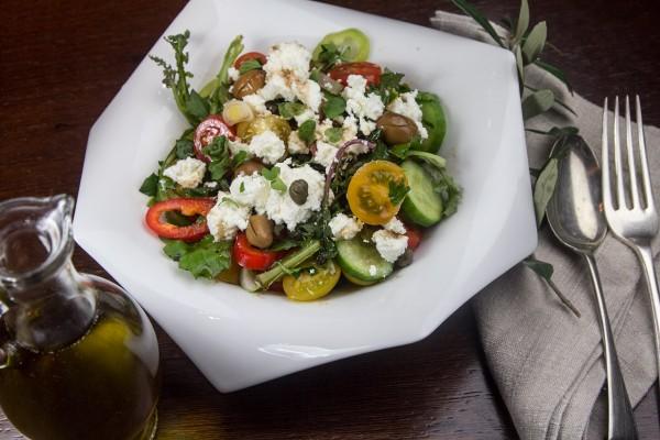 νεα ελληνικη αστικη σαλατα γκουρμε