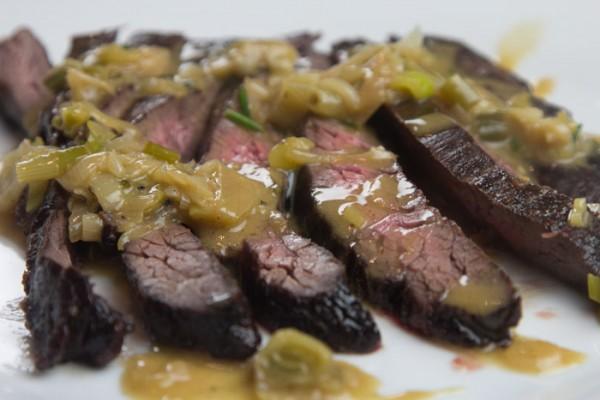 βοδινό διάφραγμα με σαλτσα μουστάρδας 20141120_0440