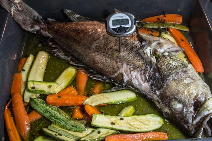Εύκολο Ψαρι ψητό στο φούρνο με λαχανικά_20131207_0334