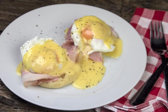 αυγα ποσε - english muffins