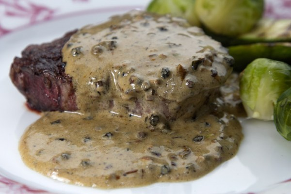 Fileto piperato steak au poivre