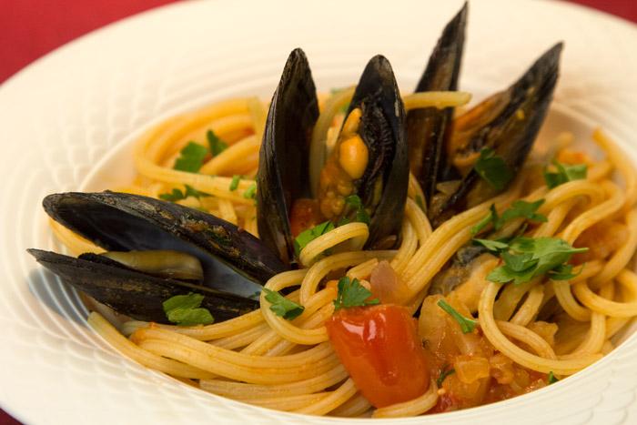 spaghetti Mydia Ouzo