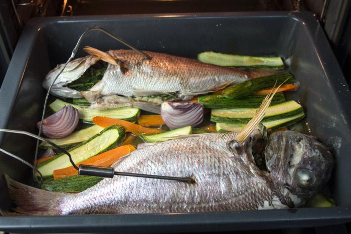 ψάρια ψημένα στον φούρνο