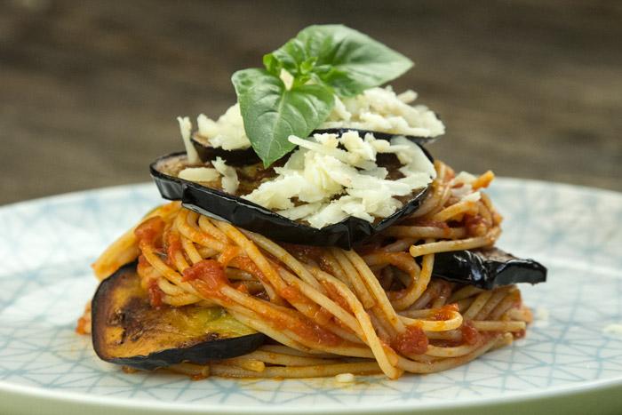 spaghetti integrale alla Norma