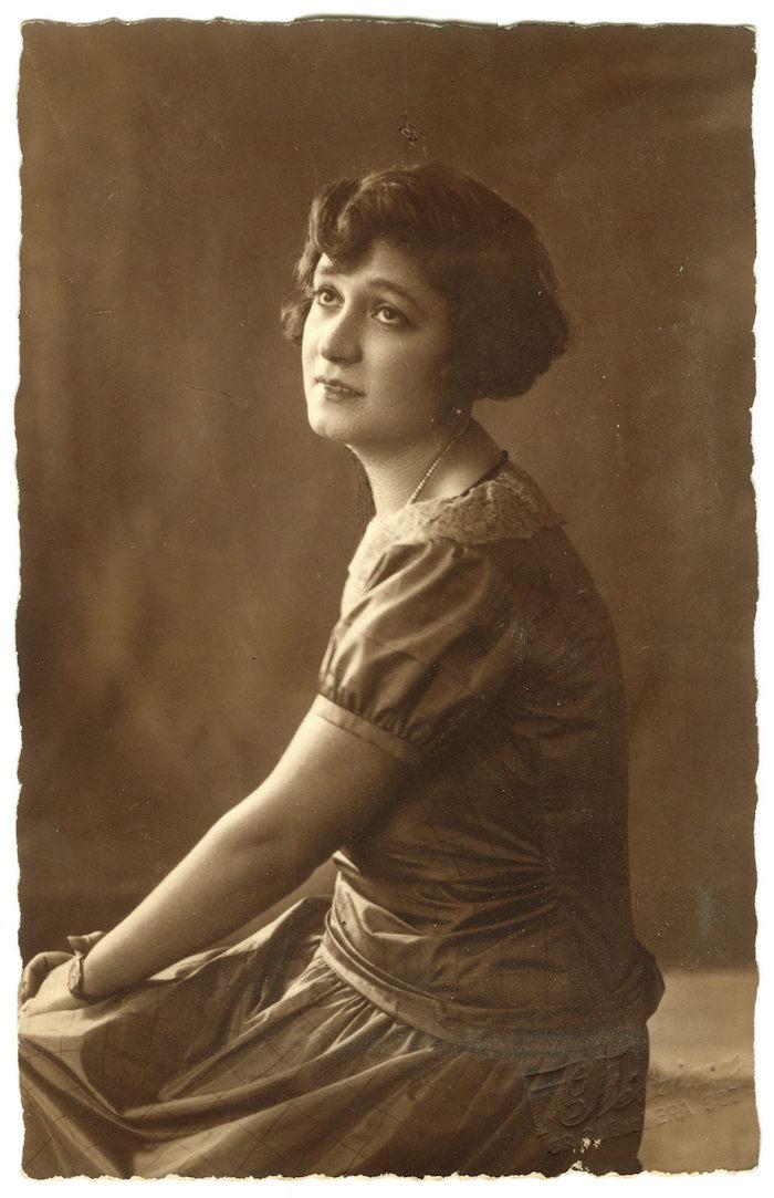 Ιωάννα Τριανταφυλλίδη, 1927