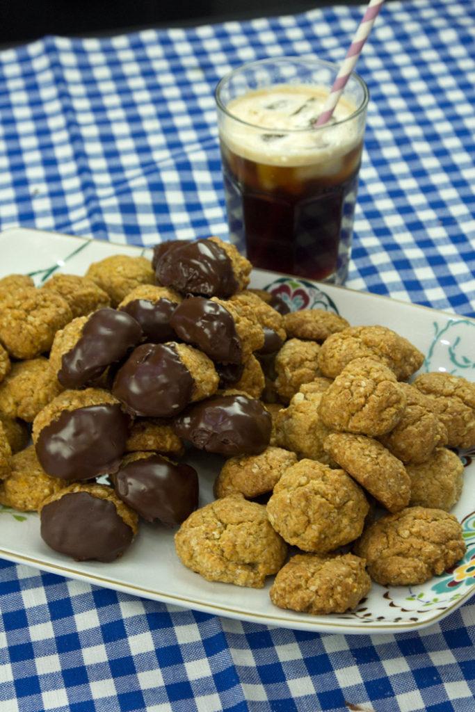 εύκολα μπισκότα menoumespiti cookies ANZAC biscuits